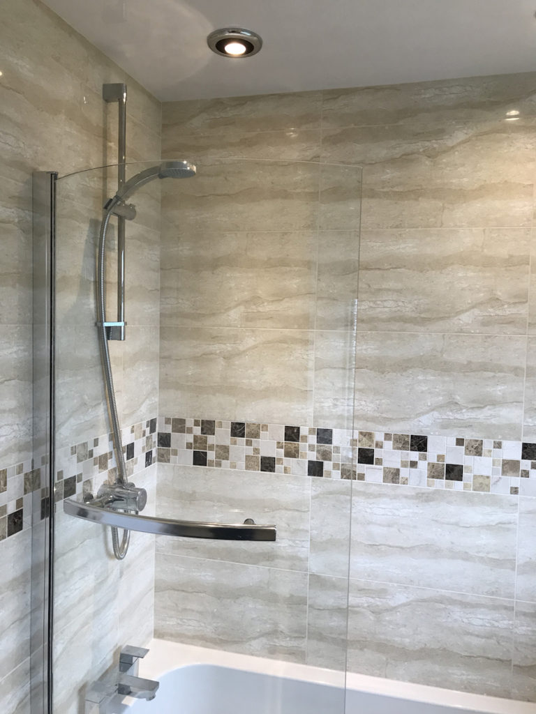 Bath and shower options for small bathrooms - RWM Plumbing and Gas
